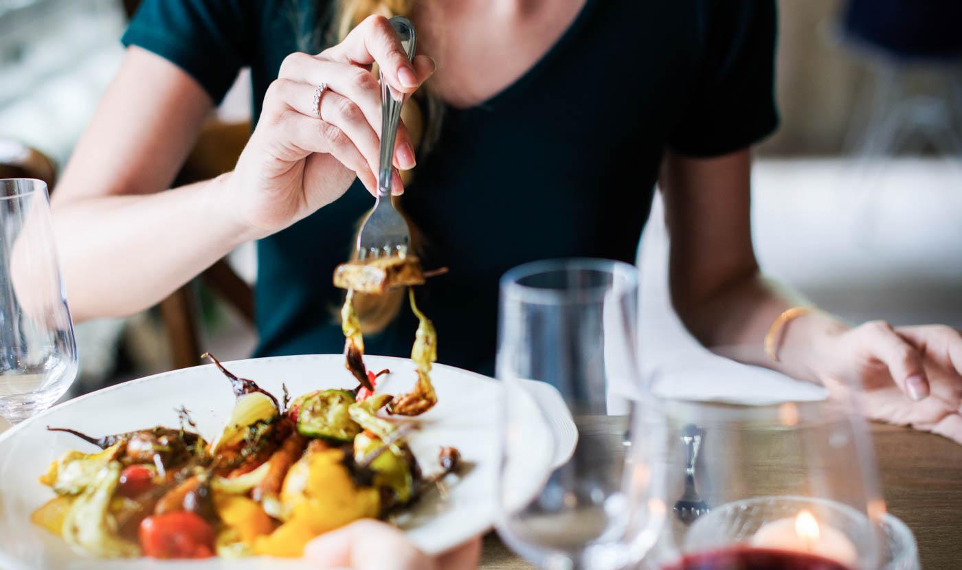 MINDFUL EATING: MANGIARE CON CONSAPEVOLEZZA